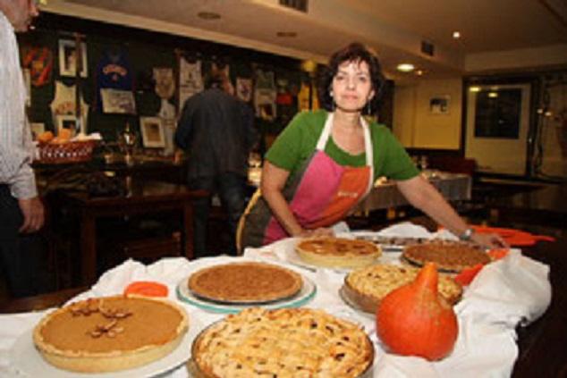 Berta Springer, Responsable de Torneos del Club, y prestigiosa cocinera.