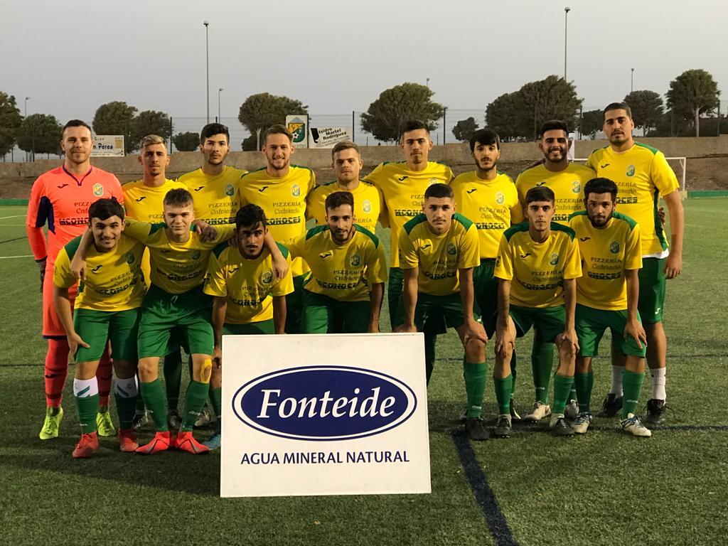 foto del equipo regional en pretemporada de la hemeroteca.