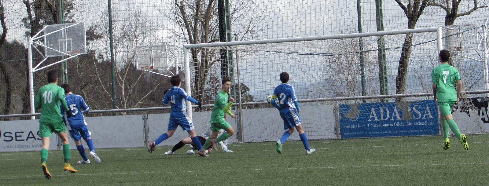 Gol de Rafa frente al Centro Asturiano