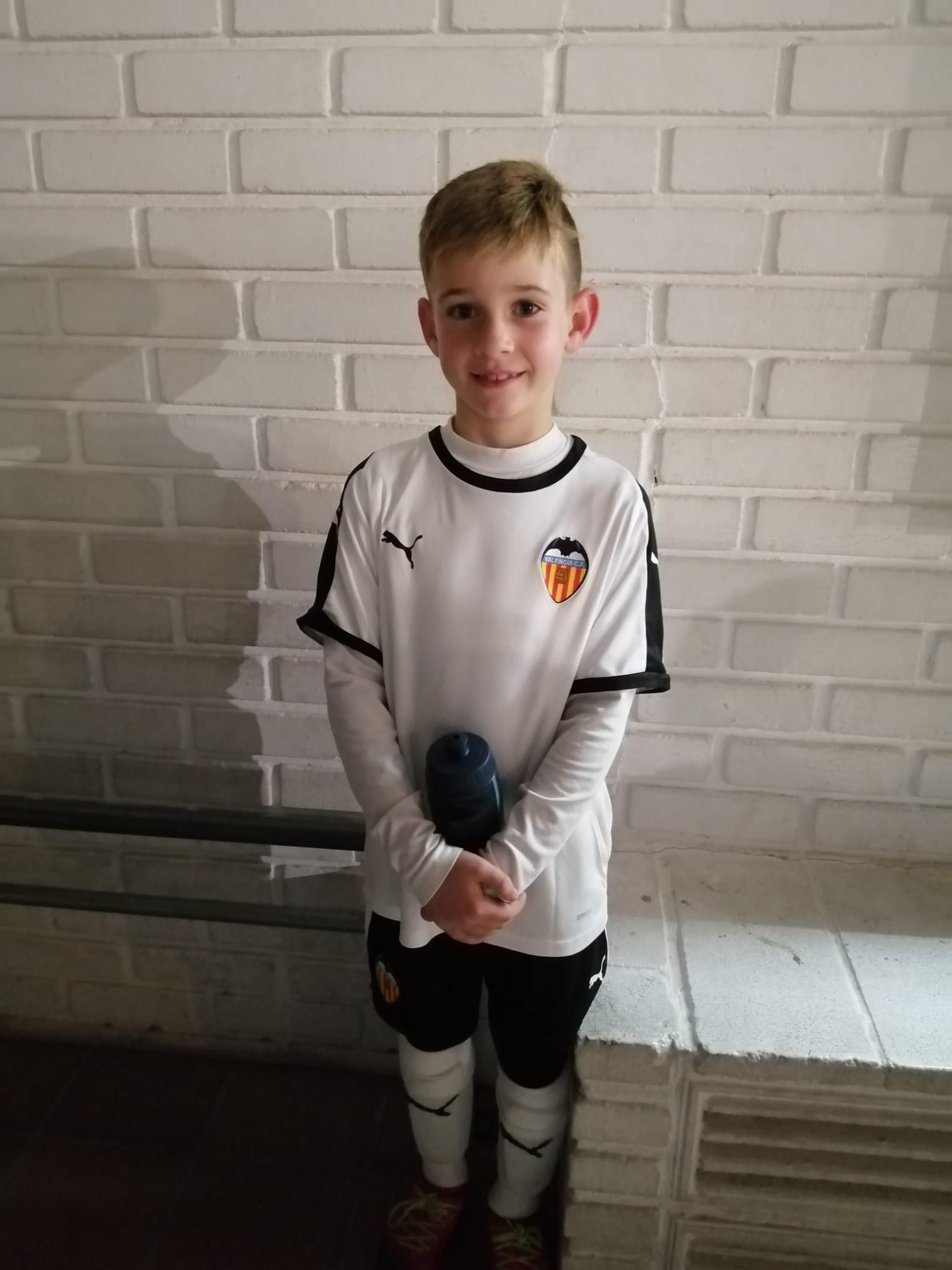 Los jugadores de la UD vuelven a entrenar con el Valencia CF