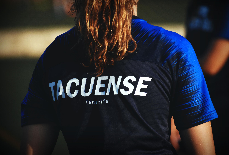 El Tacuense expresa su malestar con Vueling