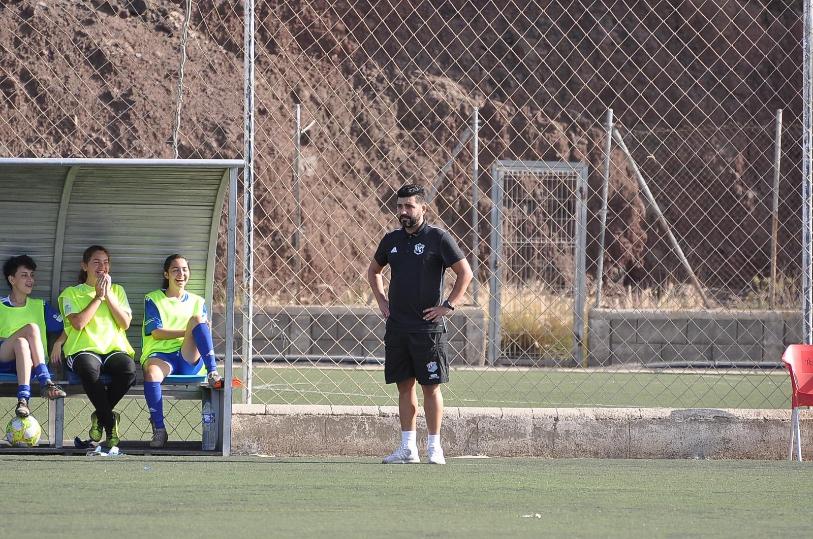 """Moisés Calero: """"Hay que mantener unido al equipo en estas semanas"""""""