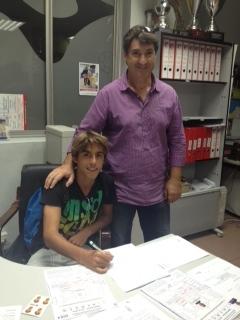 El Atlético de Madrid ficha al jugador del At.Chenet Adidas, Oscar Clemente
