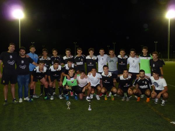 "Nuestro Juvenil A se proclama campeón del ""Trofeu de Sa Llum"" de Montuiri."