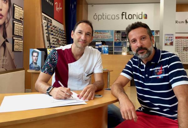 Ópticas Florida renueva su compromiso con el CE Constancia de Inca