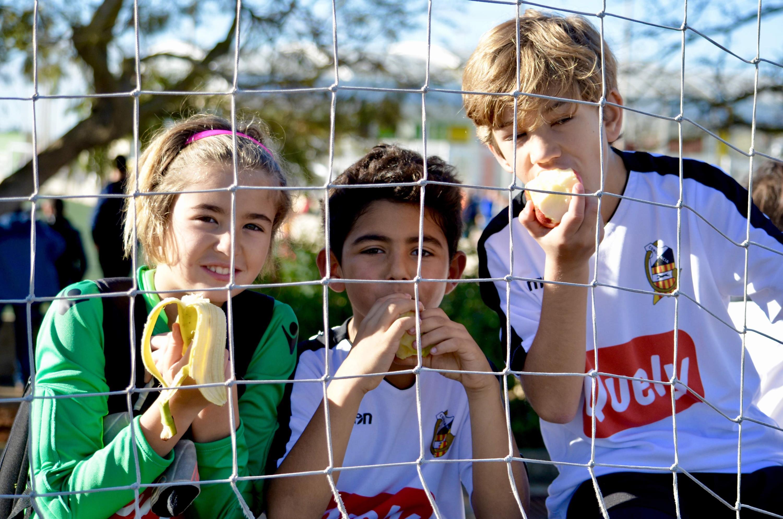 El CE Constancia cree en el fútbol mixto