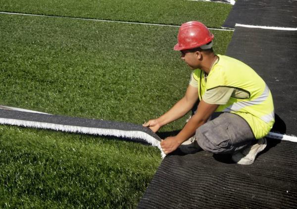 Obras en el campo de fútbol