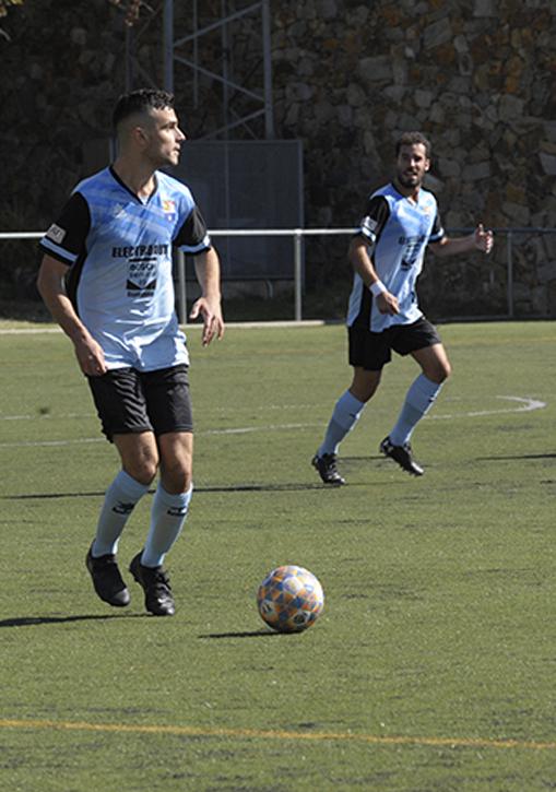L'Amateur A estrena l'equipació en el primer partit de competició