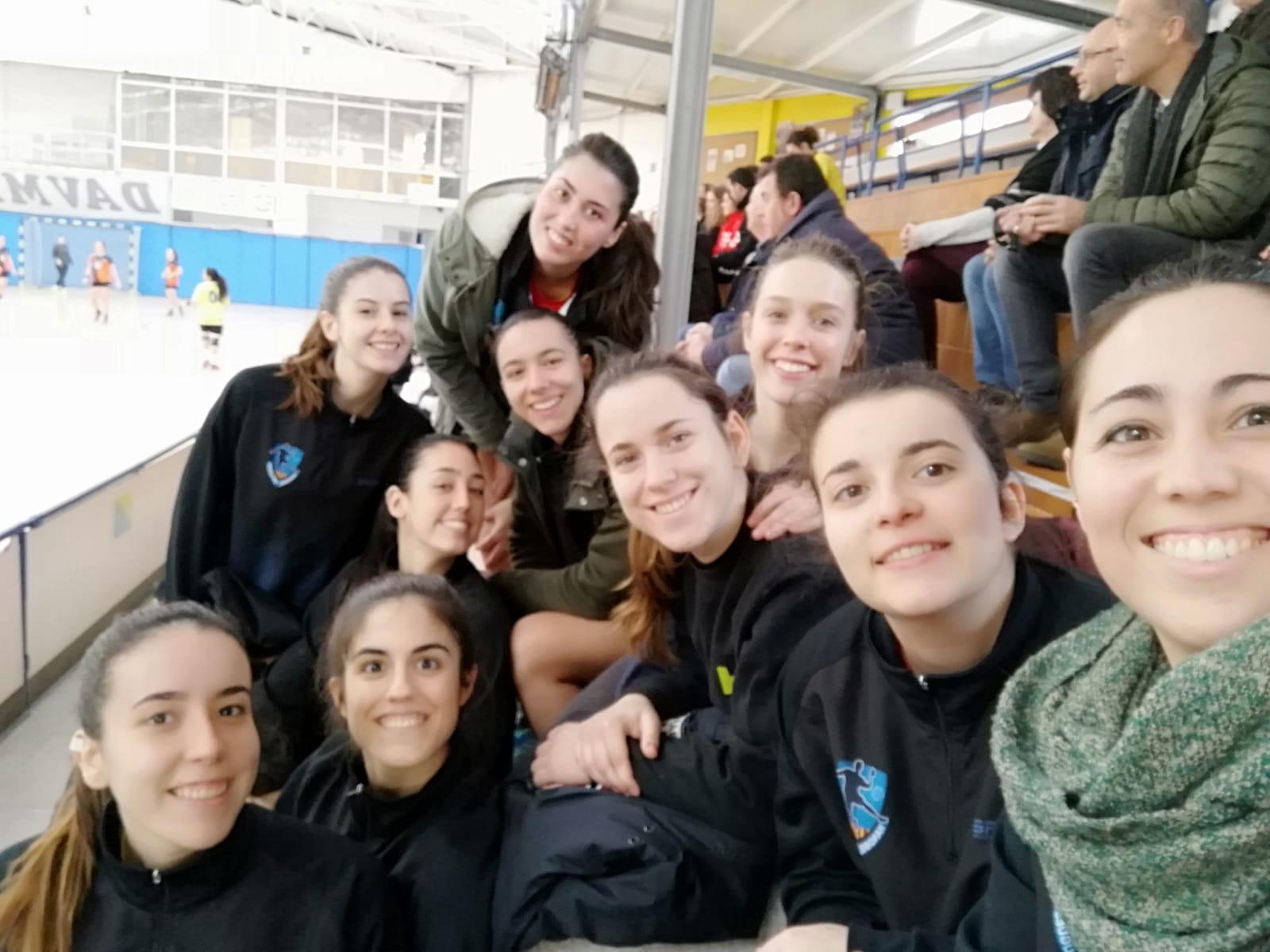 """El equipo Sénior Femenino en eI I Torneo """"crema torrons"""" de Sarrià de Ter"""