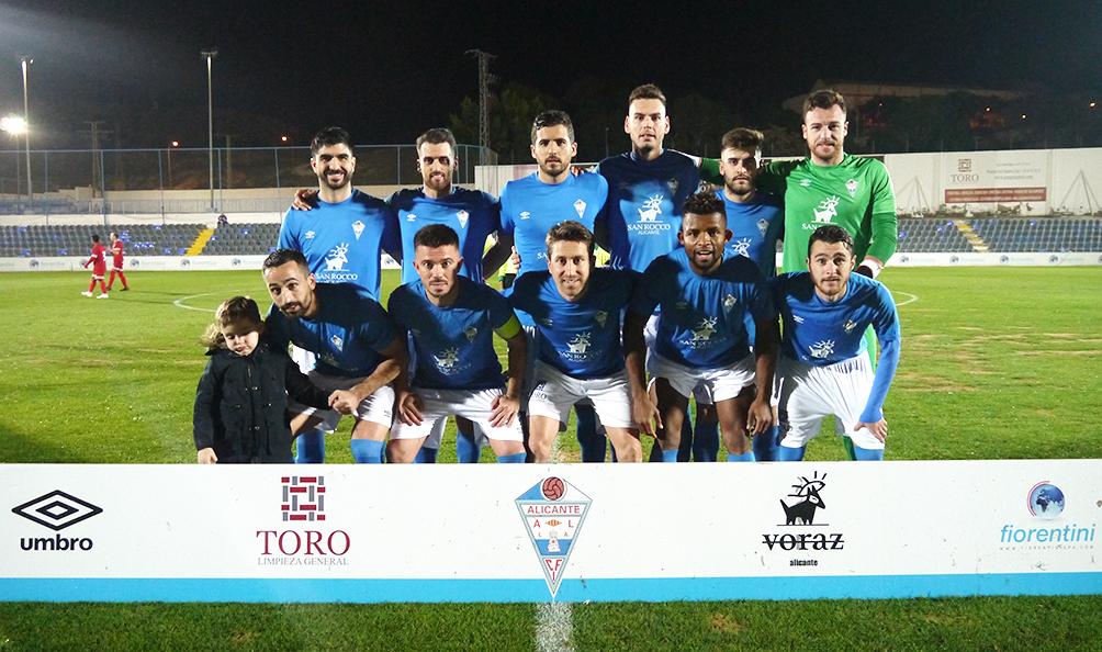 El CFI Alicante festeja la Navidad en puestos de playoff