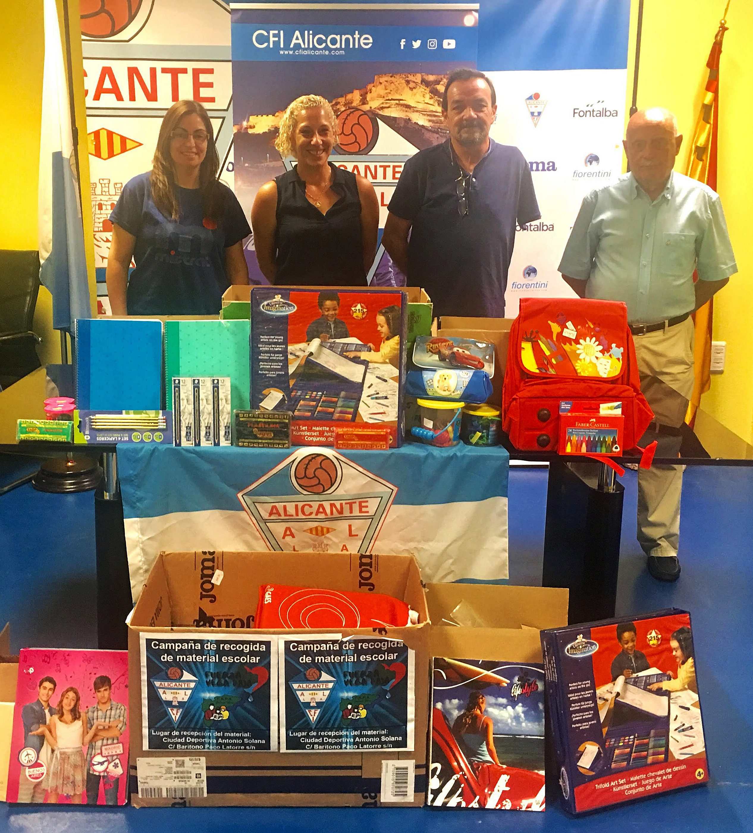 El CFI Alicante entrega material escolar para la Vega Baja