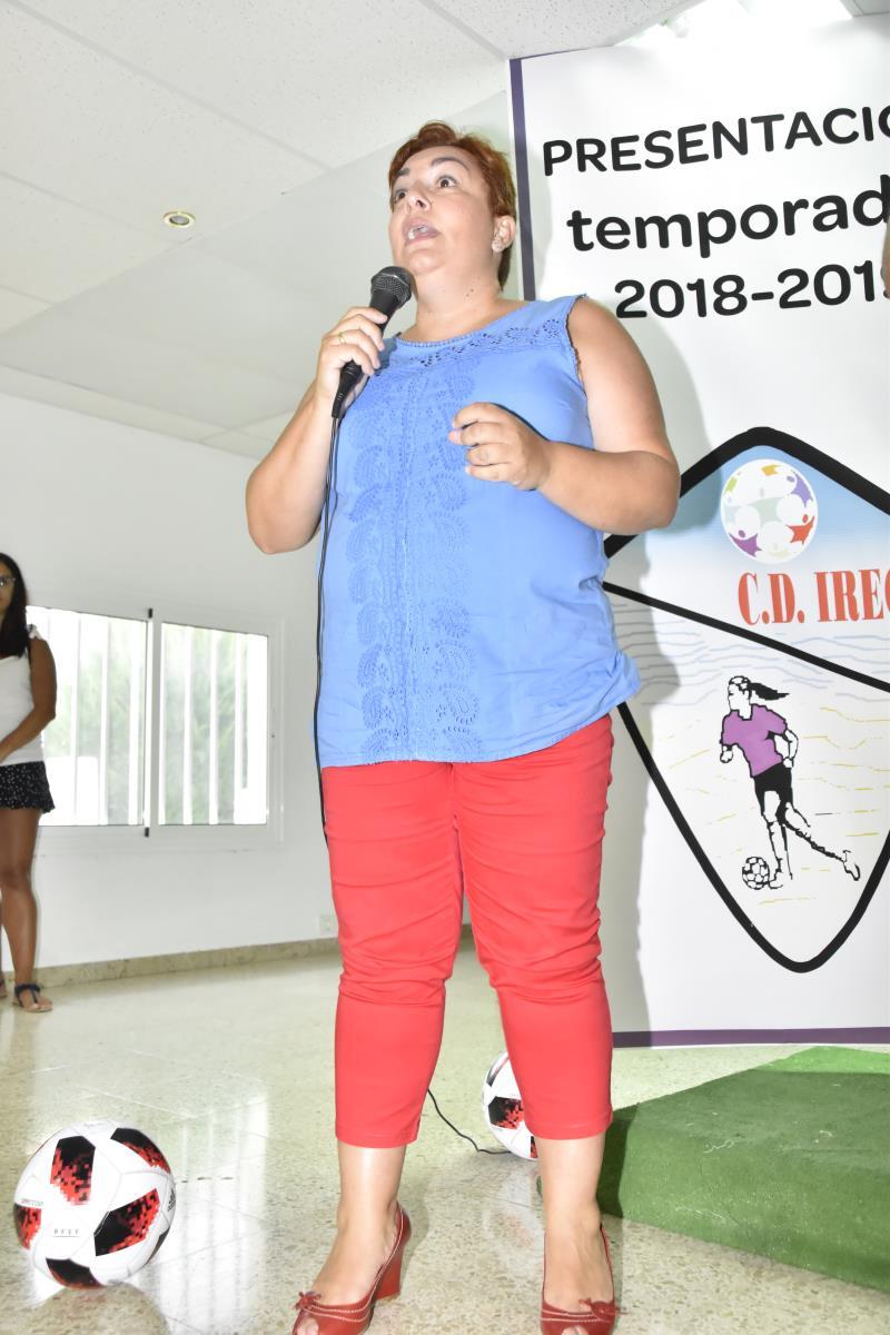 Palabras de agradecimiento de la Presidenta del Club, Doña Elena Hernández Tejera