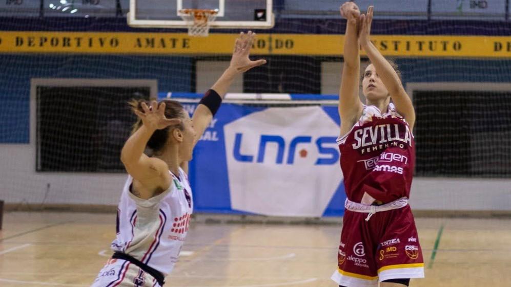 sdsAlicia González, refuerdo de oro para la fase de ascenso