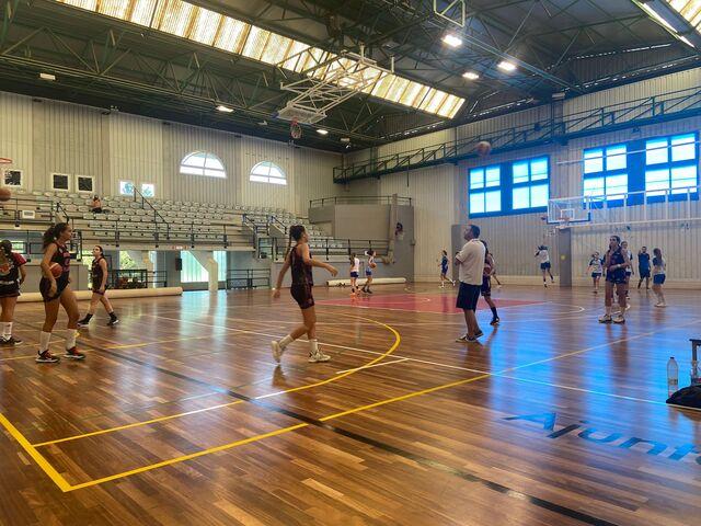 Domingo de baloncesto femenino en L'Eliana