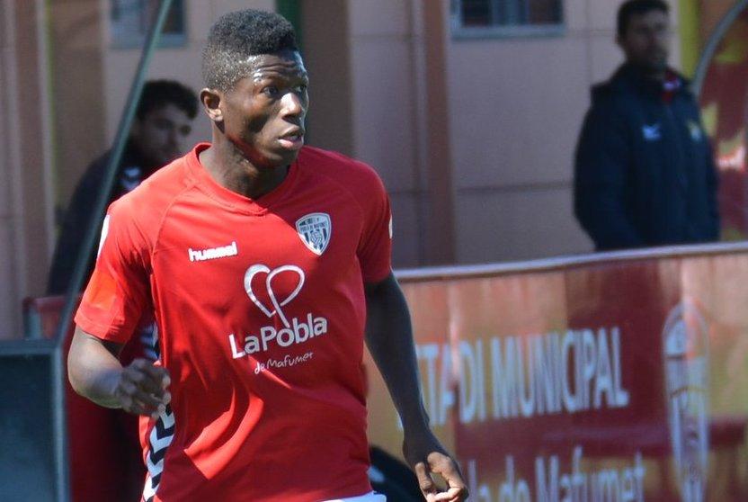 Empat a 1 entre el CF Pobla de Mafumet i el Terrassa FC en l'últim partit de lliga