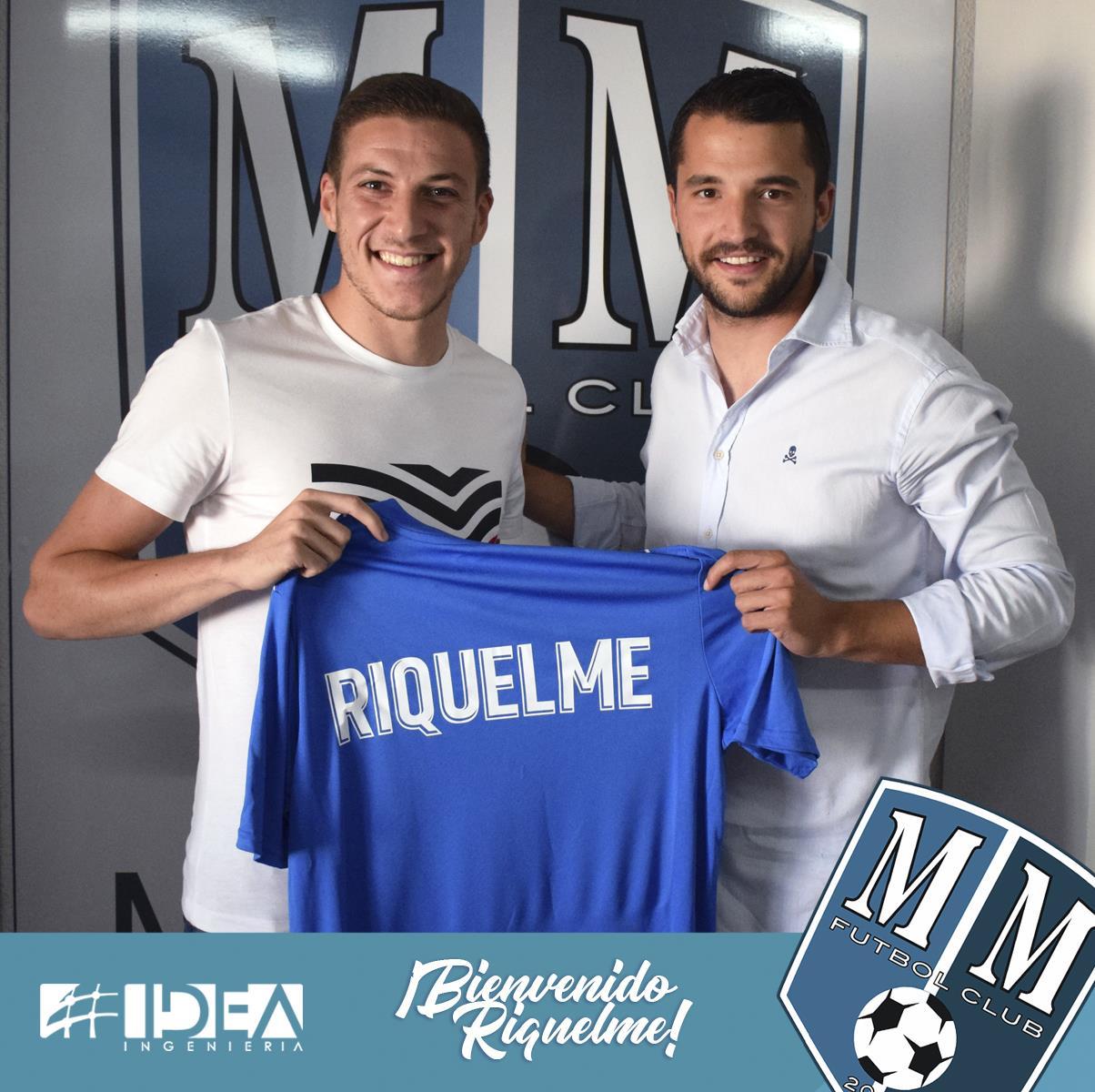 El mediocentro Riquelme nuevo jugador del Mar Menor FC.