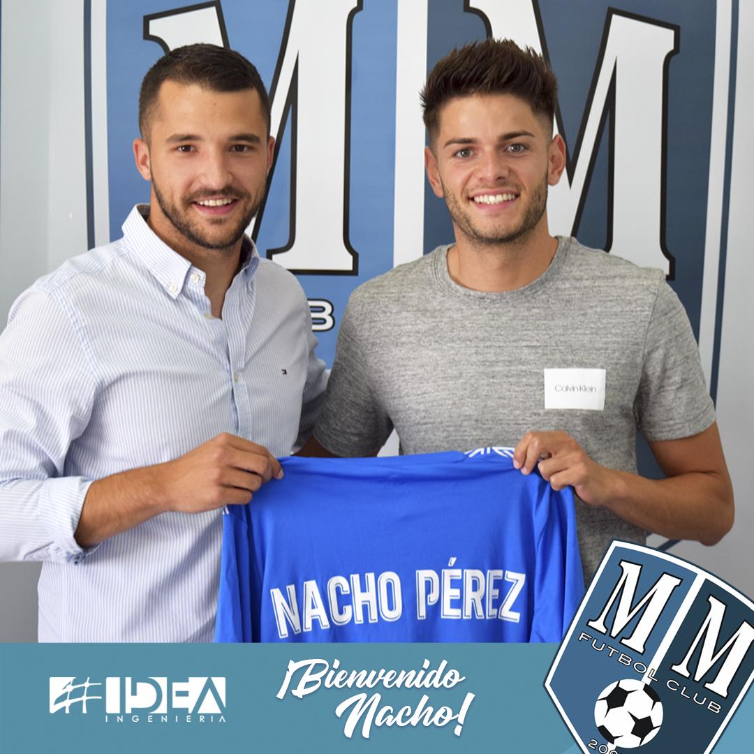 Nacho Pérez se embarca en el Mar Menor.