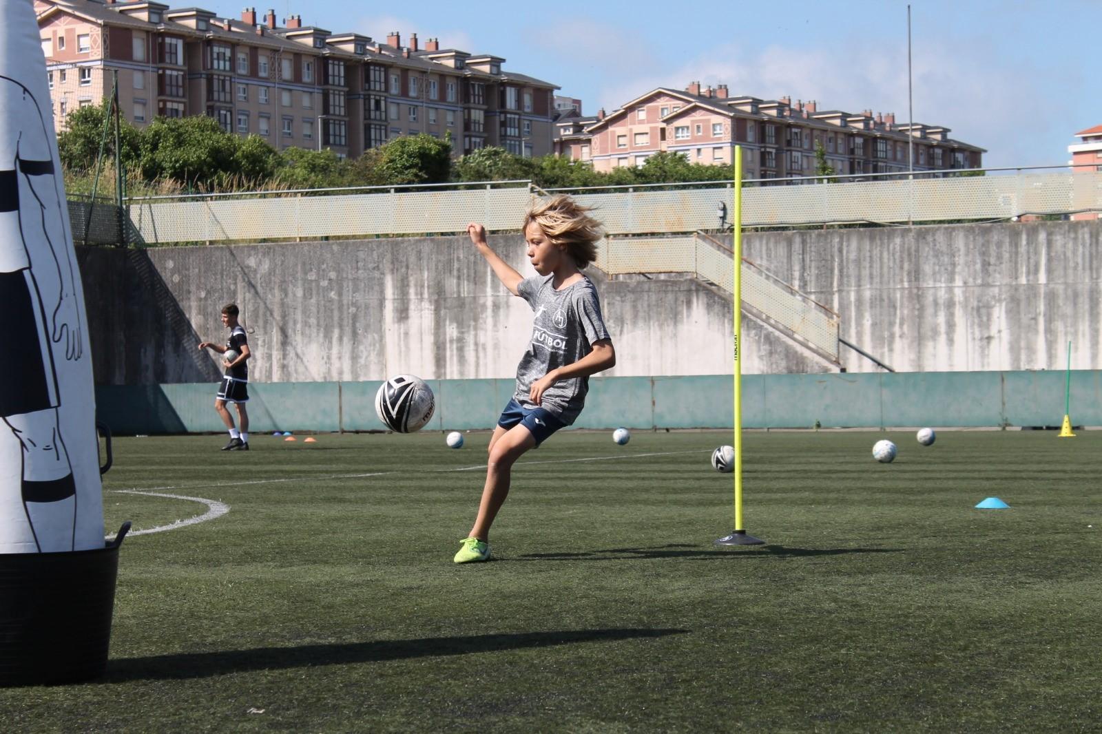 Campus de Tecnificación CD Monte - AJ Fútbol