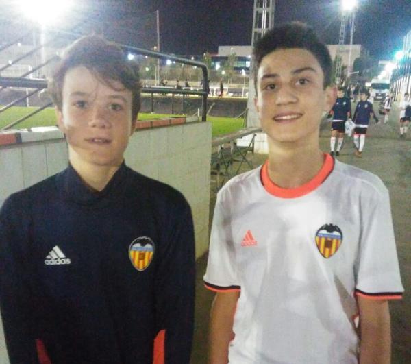 Roman Fita i Javi Albero tornen a entrenar a l'Acadèmia del València CF
