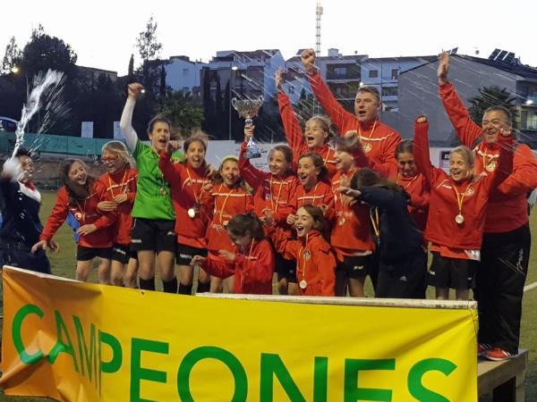 L'Aleví Femení de la FEBO fou Campió al Rocarsa Cup.