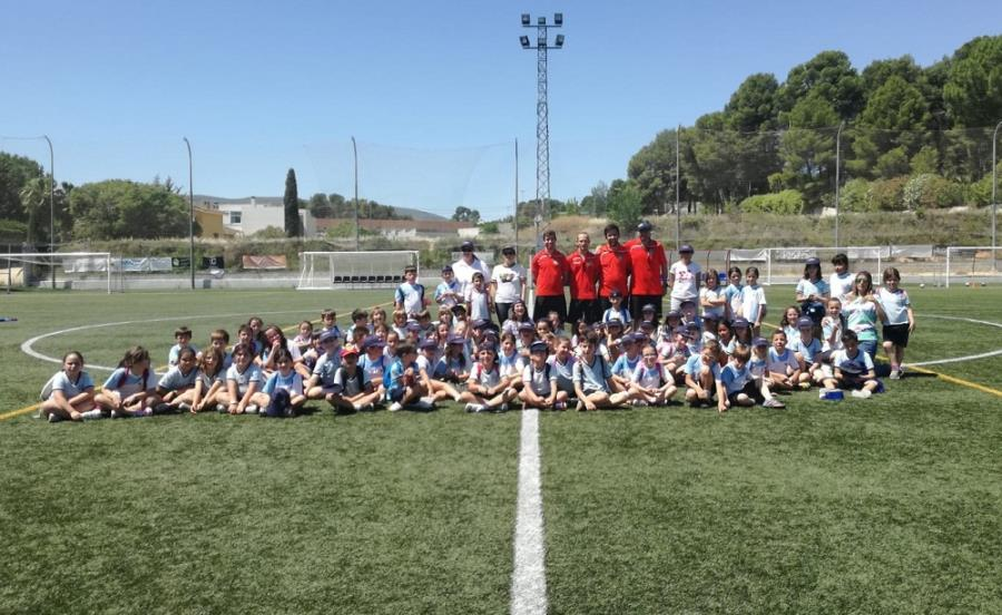 Els escolars de 1r i 2n de Primària de La Concepció s'entrenaren a La Puríssima