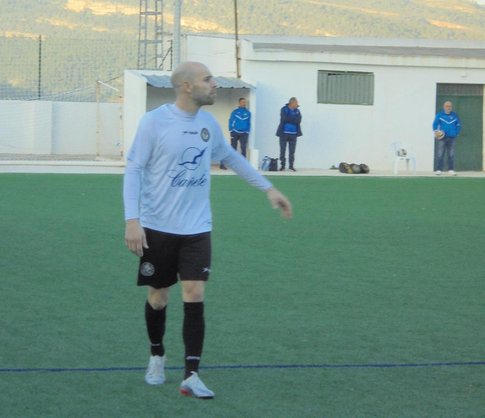 Javi Mompó: jugador talismà pel Deportivo Ontinyent