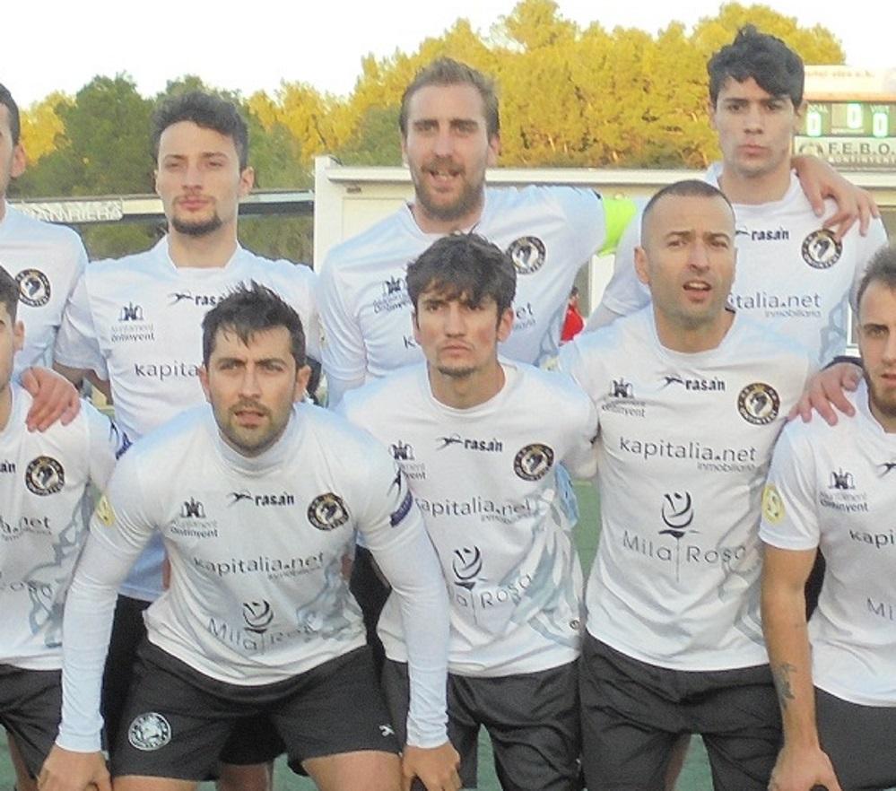 Els capitans del Deportivo Ontinyent, amb molta il·lusió