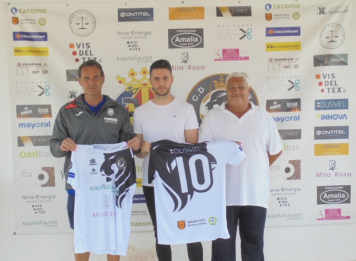Luis Donat és l'entrenador de l'Aleví E, un equip que recuperem de nou