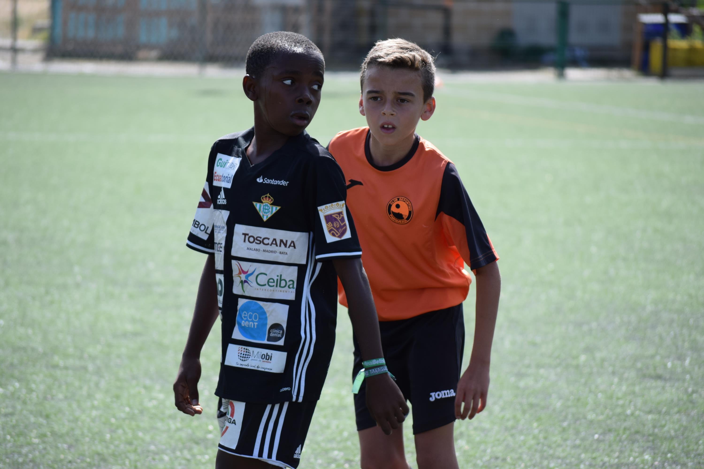 "El ""I Trofeo Solidario C.D. Parquesol"" se queda en casa"