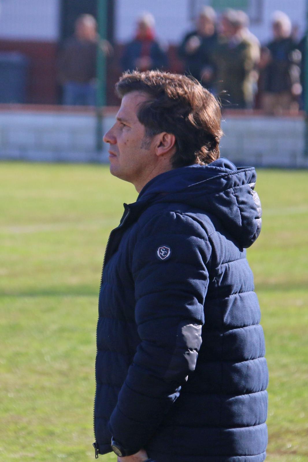 Jesús Mendoza seguirá como entrenador de la UD Roteña la próxima temporada