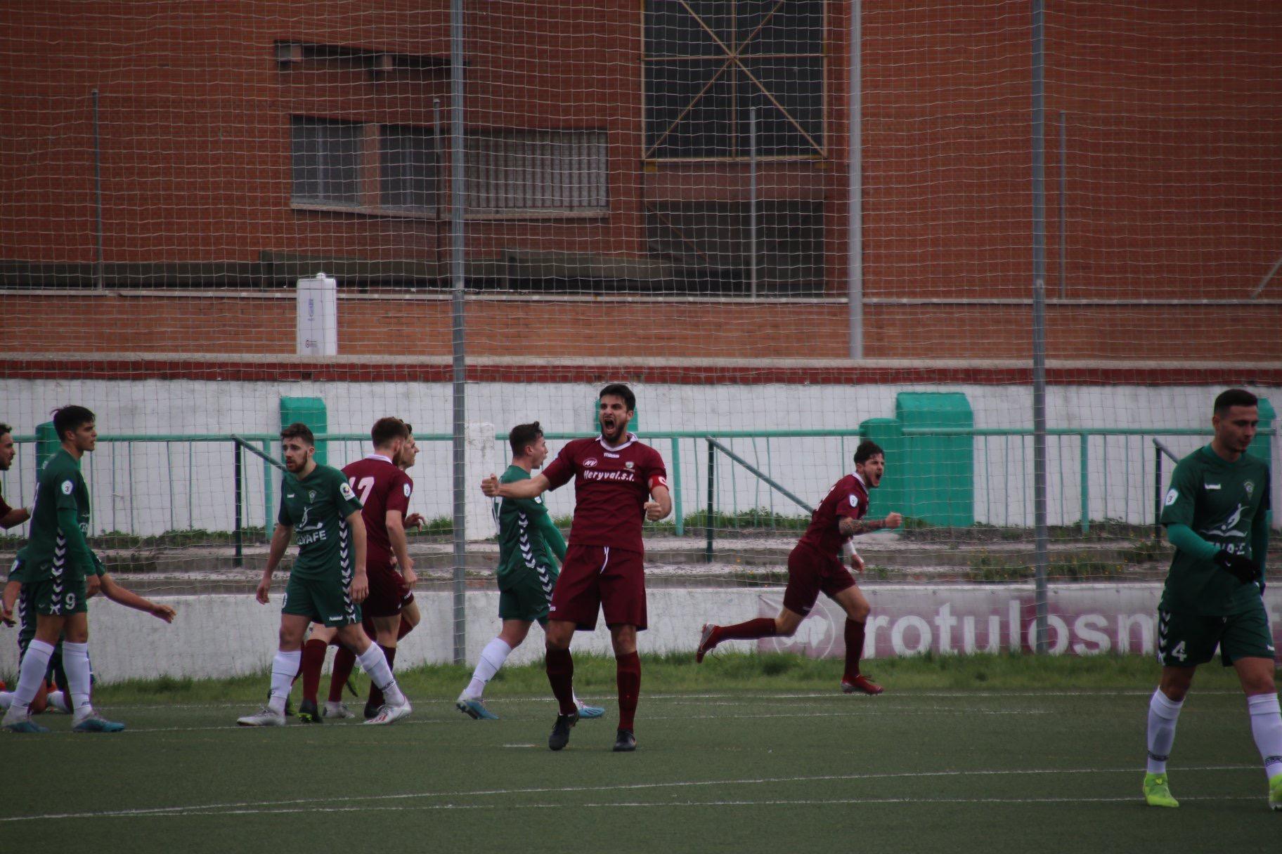 CRÓNICA TERCERA | El Villaverde remonta el partido y deja al equipo sin puntos por tercera semana consecutiva