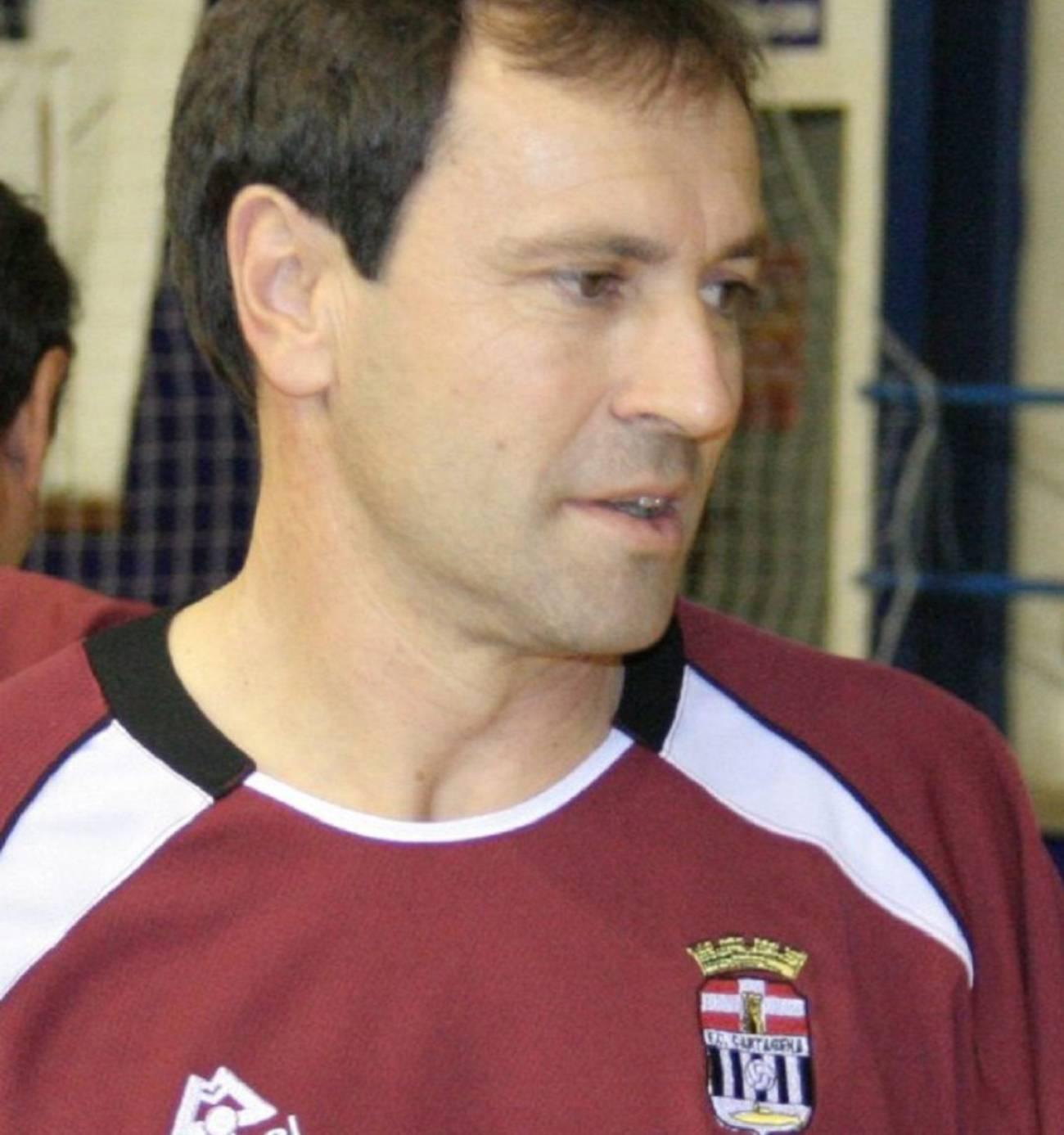 Muere 'El Jabato' Sagarduy, segundo jugador con más partidos en la historia del Efesé